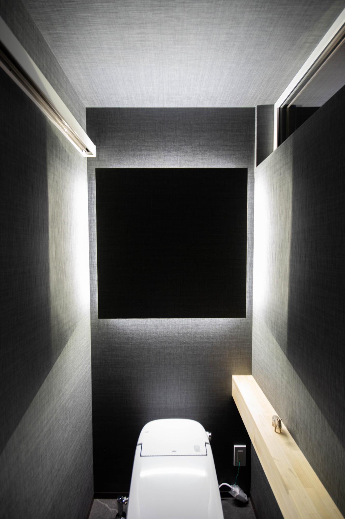 ライフ・コアデザインオフィス トイレ 間接照明